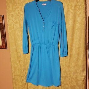 Turquoise Lilly Pulitzer dress, Medium.